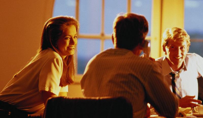 Соблюдение этики и культуры делового общения приводит к положительному имиджу и доверию партнеров