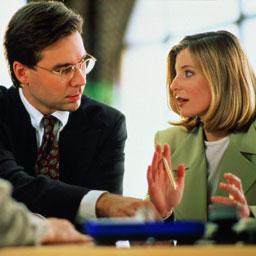Нормы этики делового общения подразумевают прежде всего проявление вежливости и скромности