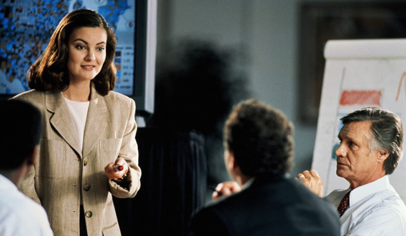 Стиль на деловом совещании следует выбирать наиболее подходящий под ситуацию.