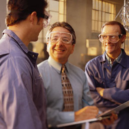 Обладать чувством юмора необходимо для повышения эффективности труда.